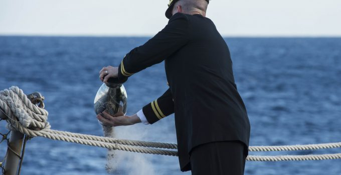 Scattering Ashes at Sea Guide: 5 Important Things You Need To Know
