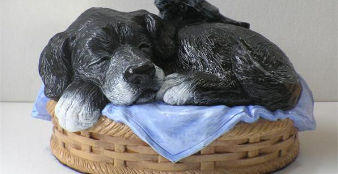 These 10 Personalized Dog Urns Are A Perfect Way To Say Goodbye