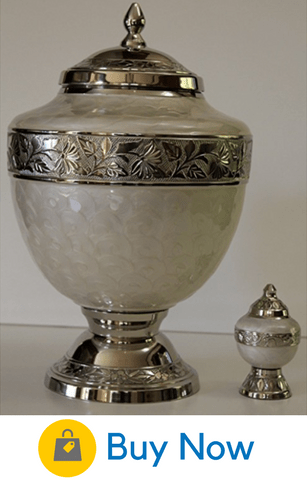 52 beautiful ideas of what to do with ashes advice from a widow another best seller this beautiful urn has the advantage of coming with a small keepsake urn solutioingenieria Image collections