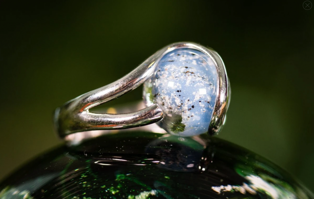 STERLING SILVER RING WITH 12MM OPAQUE GLASS